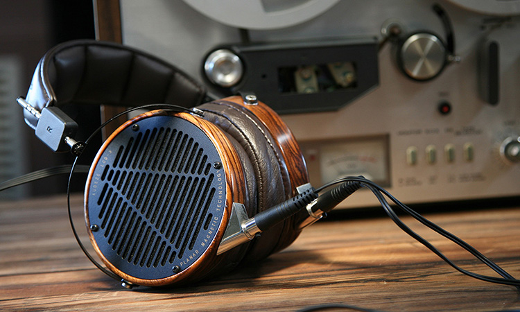 Top 10 Best High Fidelity Headphones In 2020 | Hi-Fi Headphones