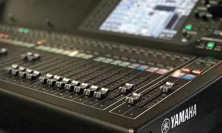 Top 10 Best Electronic Audio Mixers of 2020 | Invest In The Right Mixers