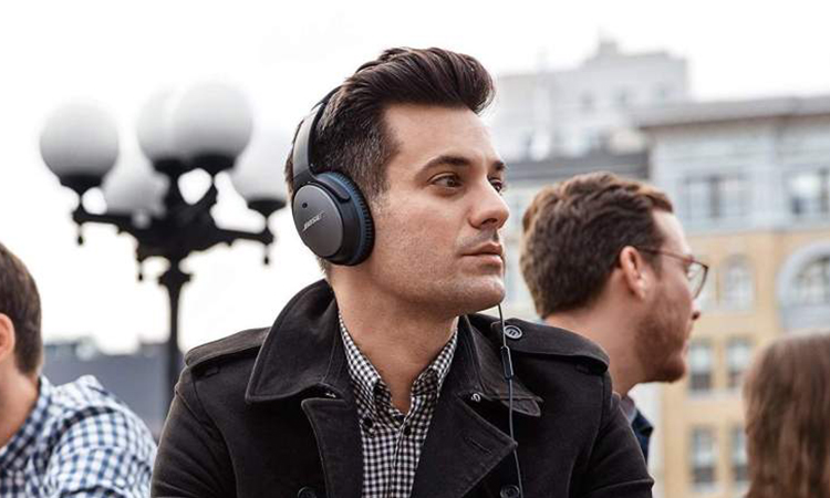 Top 10 Best Noise Canceling Headphones | Run Away With Music