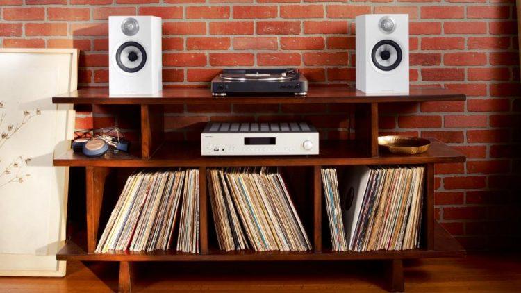 stereo bookshelf speakers