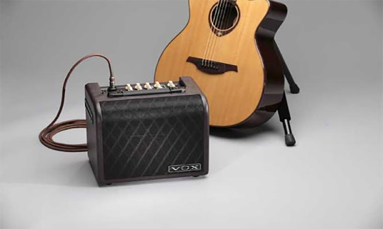 Top 10 Best Acoustic Guitar Amplifier In 2020