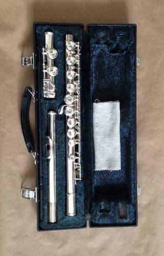 Yamaha YFL-221 - beginners flutes