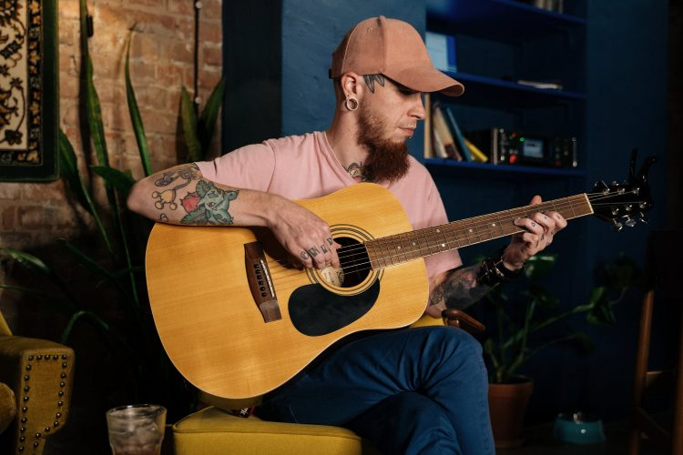 Top 10 Best Advanced Acoustic Guitars In 2020