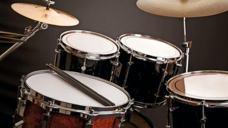 Top 10 Best Beginner Drum Sets In 2021