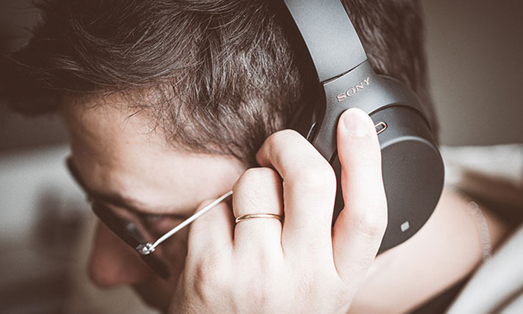 Noise Cancellation and Noise Transparency